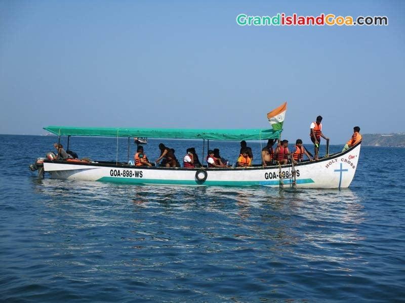 boat-trip-in-goa